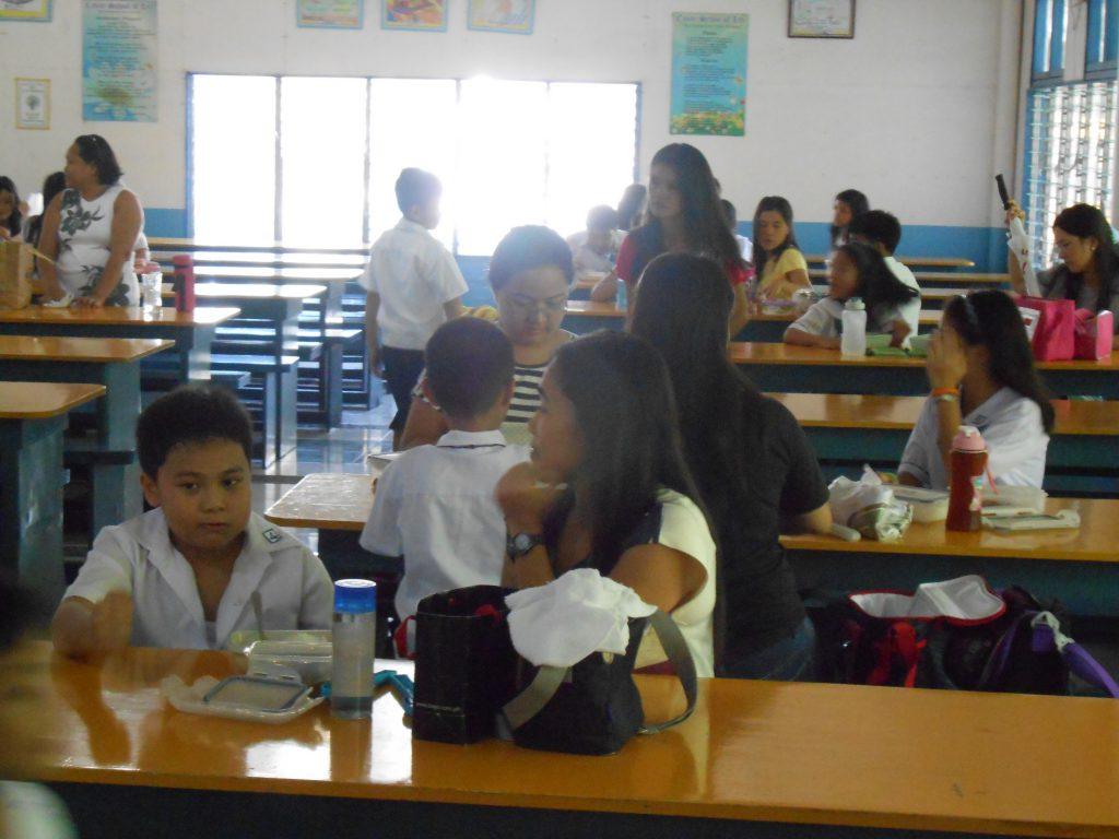 効果的な英語の学び方: フィリピンから学ぶ
